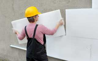 Как закрепить пенопласт к кирпичной стене