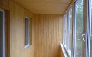 Какой вагонкой лучше обшивать балкон