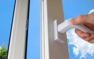 Пластиковая дверь плохо закрывается как отрегулировать?