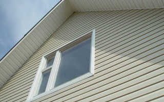 Как правильно зашить фронтоны на крыше