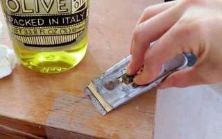 Как удалить двухсторонний скотч со стекла?