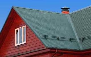 Чем лучше крыть крышу профнастилом или металлочерепицей