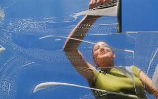 Как правильно мыть стекла без разводов?